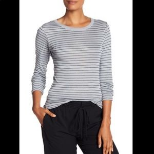 Vince stripe long sleeve rounded tee